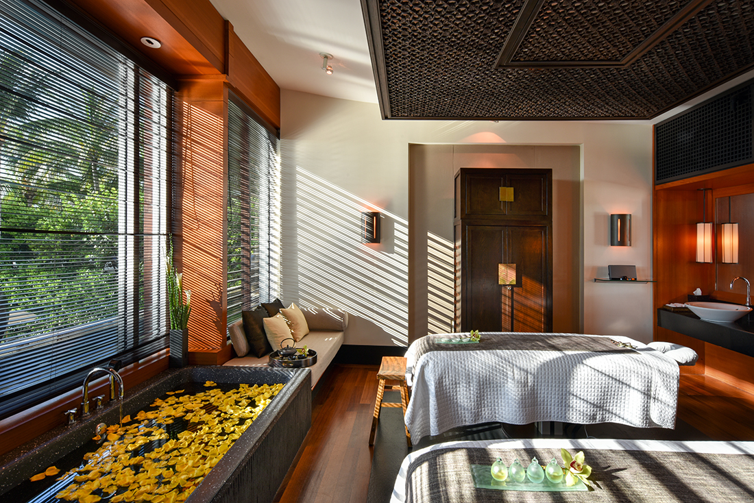 the setai spa room