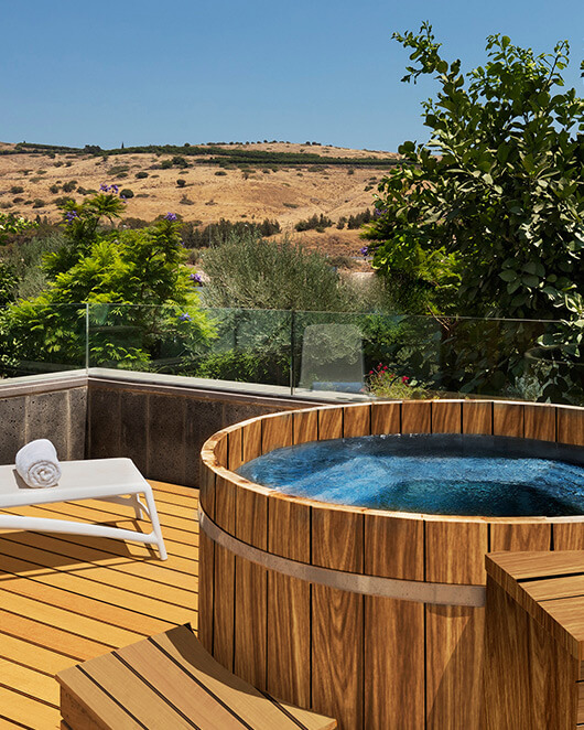 Villa with hot tub