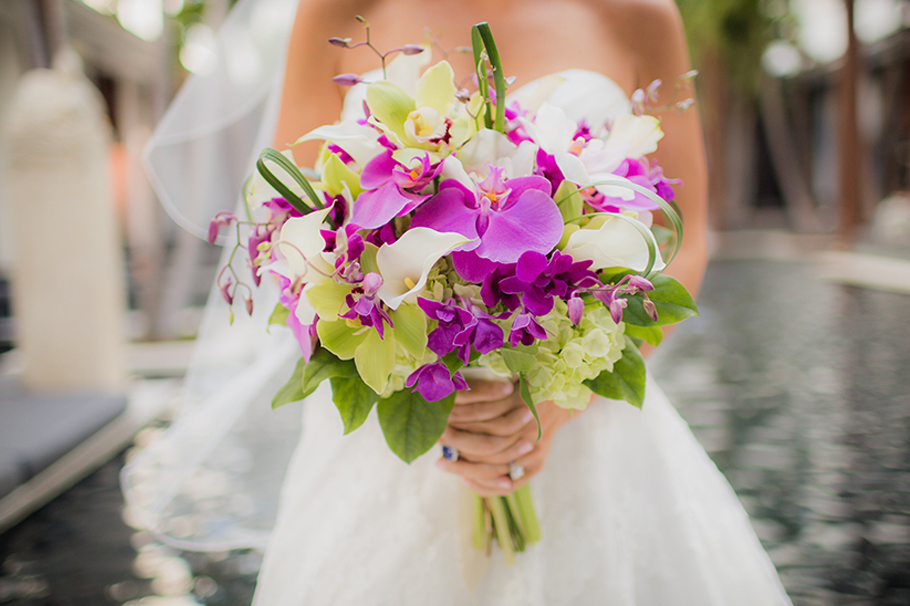 Wedding at the Setai Hotel, bride, bridal bouquet, wedding dress, wedding photography